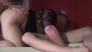 Amatőr duci nagy cicis csaj két pasival szexel